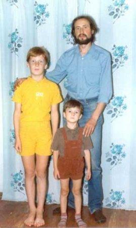 Віктор з синами