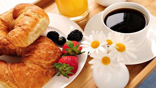 Где в Кировограде позавтракать с утра пораньше?!
