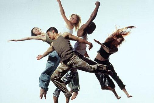 Виставка до Міжнародного дня танцю