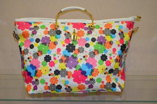 """Соковиті фарби літа: колекція сумок у магазині """"Цяцянки для панянки"""""""