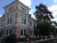 театральний готель Версаль
