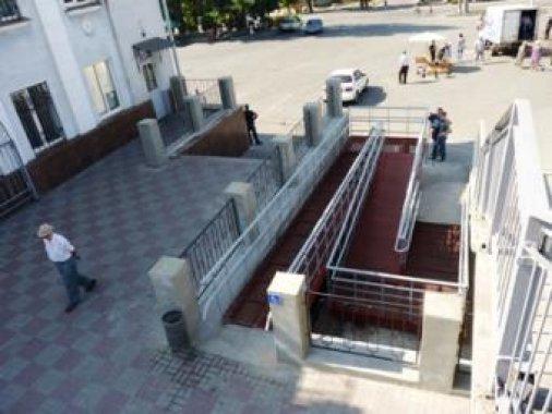 На Кировоградском ж/д вокзале обновили зал ожидания
