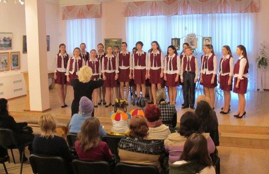 хор старших класів Кіровоградської музичної школи  №2