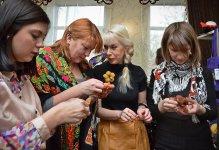 Светлана Сербин ведет мастер-класс (фото - Елена Карпенко)