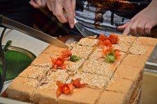 """Торт от кафе """"Филижанка"""" всем гостям (фото - Елена Карпенко)"""