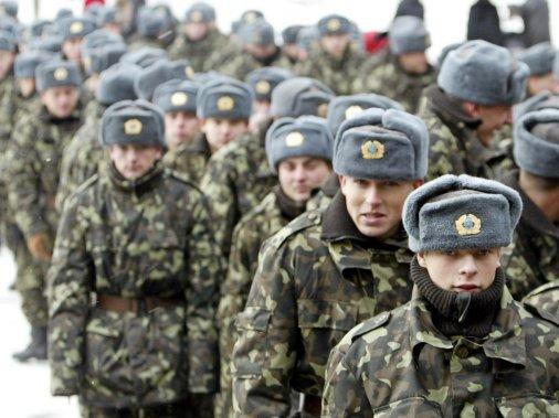 Як призовники штурмували військкомати