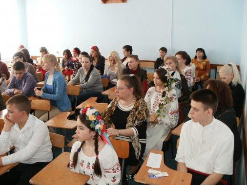 Студенти і школярі читали Шевченка