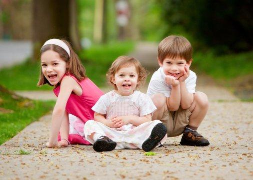 Діти дивляться - діти повторюють!