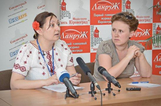 Любов Лук'янцева та Вікторія Талашкевич (автор фото - Олена Карпенко)