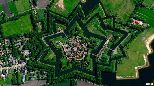 Земляные крепости Елисаветграда и Голландии
