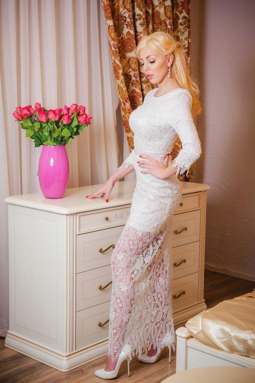 Красивое платье актуально всегда, тем более платье от Ирины Марчук
