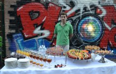 "Дмитрий, бармен ресторана ""Стейкхауз"", фото - Жанна Сичкарь"
