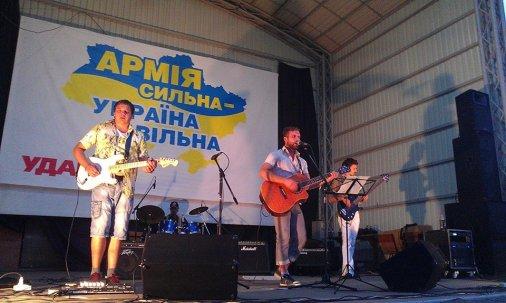 """""""MALINKIN project"""" у благодійній концертній програмі """"Армія Сильна - Україна Вільна"""""""
