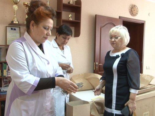 Обладнання для операційної подарували приватбанківці обласній лікарні