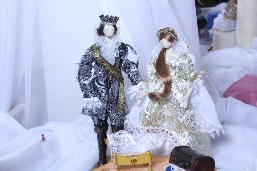 Таємниці лялькового світу відкрились на виставці Наталії Кравченко