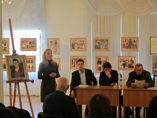 В стінах Кіровоградського обласного художнього музею вшанували Віктора Голого