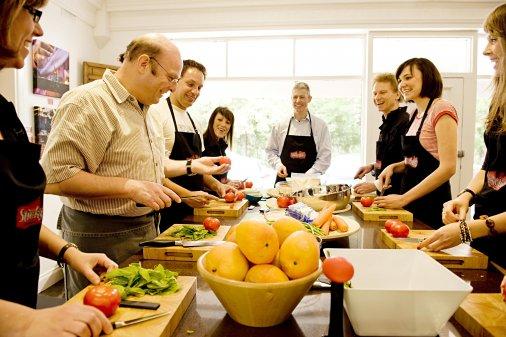 Кулінарна сотня запрошує долучатися до годування героїв!