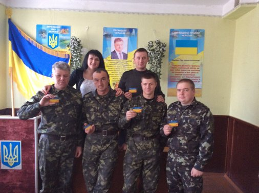 """Новоукраїнський військкомат """"озброївся"""" картками Патріота"""
