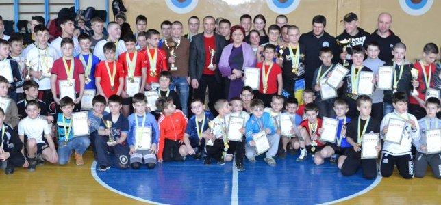 Долинська вдруге приймала область на турнірі з панкратіону!