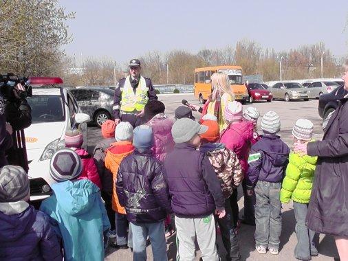 Державтоінспекція Кіровоградщини знайомить малюків із роботою служби