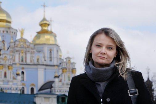 Олена Стяжкіна: «Люди, які прожили зі мною історію війни в Донецьку, вони бачили все на власні очі. А ті, котрі дивилися телевізор, у тому числі й в Україні, вони бачили зовсім іншу історію»