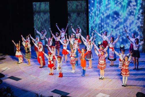 Фестиваль «Всі ми діти твої, Україно!» зібрав на кіровоградській сцені чимало талантів!