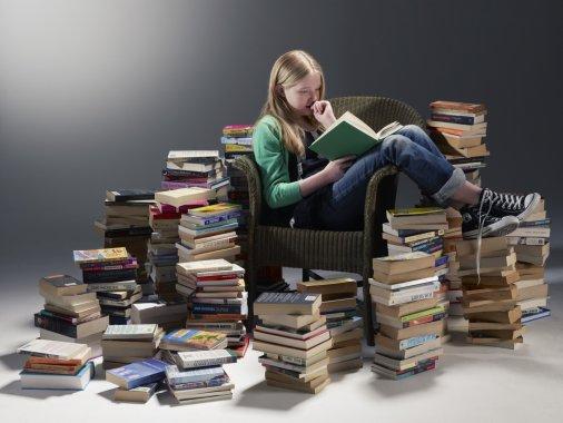 Фотопроект «Скажи, яку книжку ти читаєш, – я скажу хто ти»