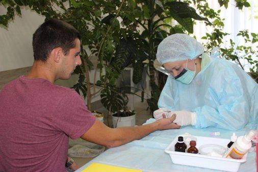 Військові Кіровоградщини проходять масове тестування на гепатит