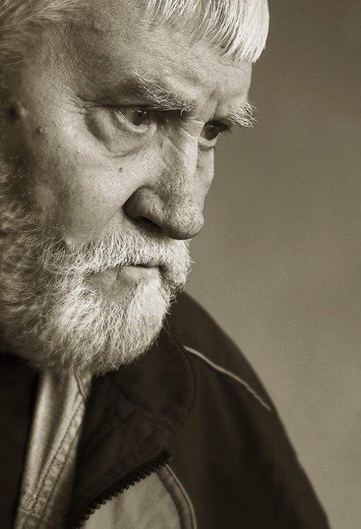 Сегодня похоронили Петра Оссовского