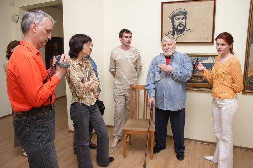 Кировоградській художній музей збирає спогади про Петра Оссовського.
