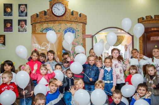 На Кіровоградщині понад три тисячі дітей, для яких Міжнародний день усиновлення - не просто дата