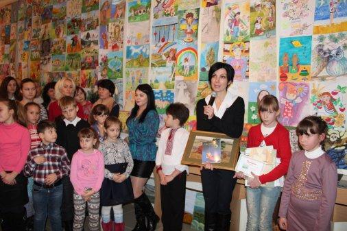 762 дитячі малюнки про квітучу Україну