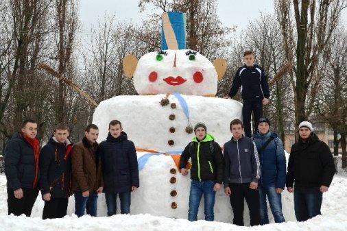 Гігантський сніговик у Кіровограді
