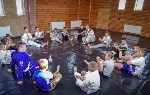Летний спортивно-оздоровительный лагерь в СК «Борец»