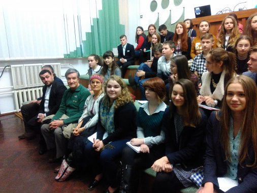 Відкрився перший у Кіровограді Волонтерський Центр