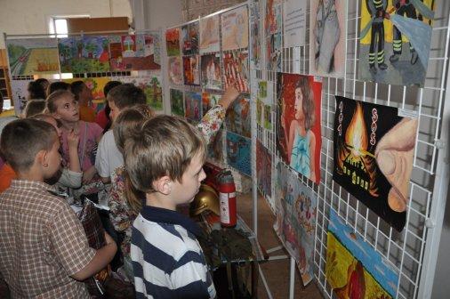 Професія рятувальника - крізь призму дитячих малюнків