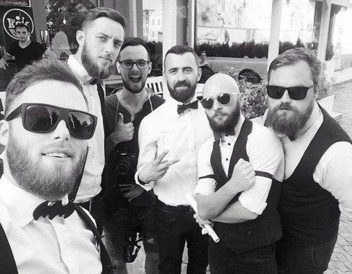 """Приходите в """"KEX"""" и бородачи нальют вам кофе"""