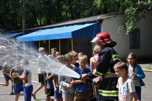 У таборі «Лісова пісня» діти гасили уявну пожежу