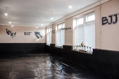 Упорство и взаимопомощь: в спортивном клубе «Борец» - новый красивый зал
