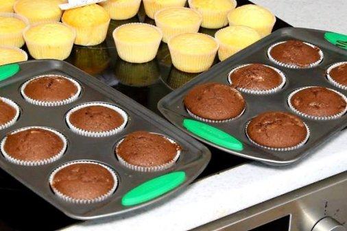 Як приготувати шоколадні кекси вдома?
