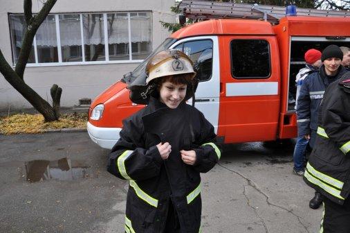 Рятувальники завітали у гості до дітлахів із особливими потребами