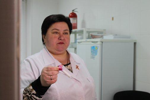 Журналістам Кропивницького показали маршрут ВІЛ-позитивного пацієнта