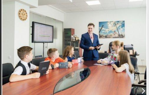 Випускники кропивницької Бізнес-Школи отримали дипломи!