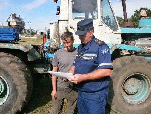 Рятувальники разом із аграріями дбають про захист врожаю від пожеж