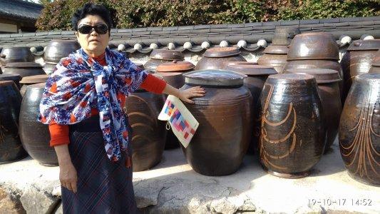 Двадцятитисячна громада корейців в Україні: історія, мова, кухня
