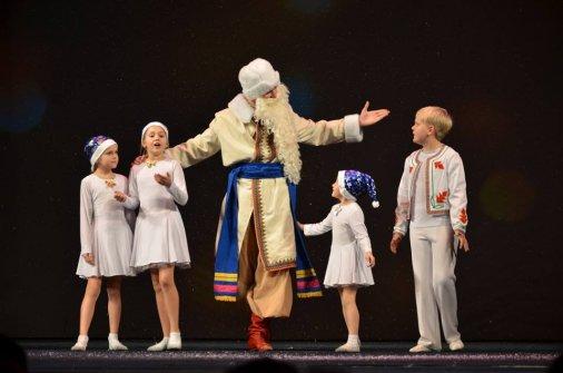 Діти-артисти подарували дітям кропивницьких військових фантастичну виставу