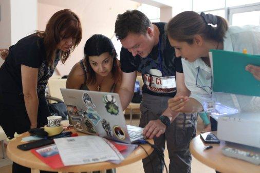 Підсилення голосів громад: Кременчук навчався працювати з фото он-лайн