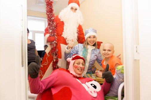 Новорічне диво: Клієнти ПриватБанку влаштували свято пацієнтам дитячих лікарень