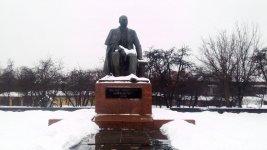 пам'ятник Михайлу Коцюбинському у місті Вінниця