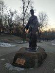 пам'ятник княжні Малуші і її сину Володимиру